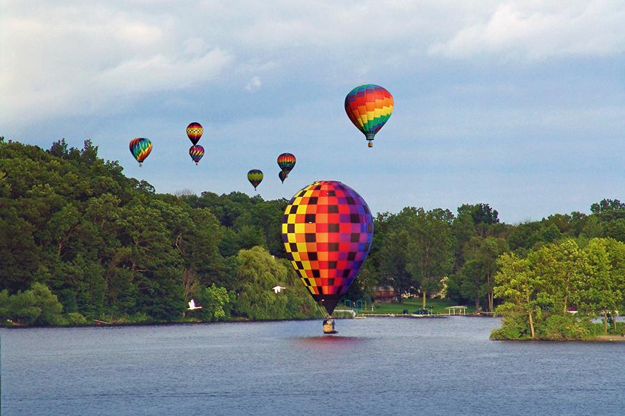 Michigan Challenge Balloonfest acontece nos EUA